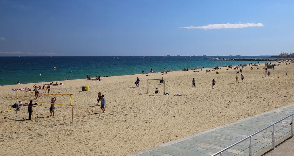 Beach volley in Barcelona